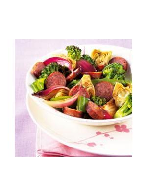 Poêlée de légumes et saucisses fraîches