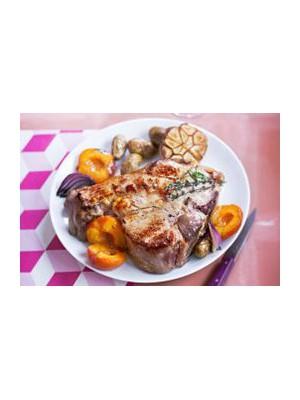 Côtes de veau aux abricots et oignons rouges